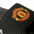 Adidas-férfi-fekete-Manchester-United-strandpapucs-AQ3794